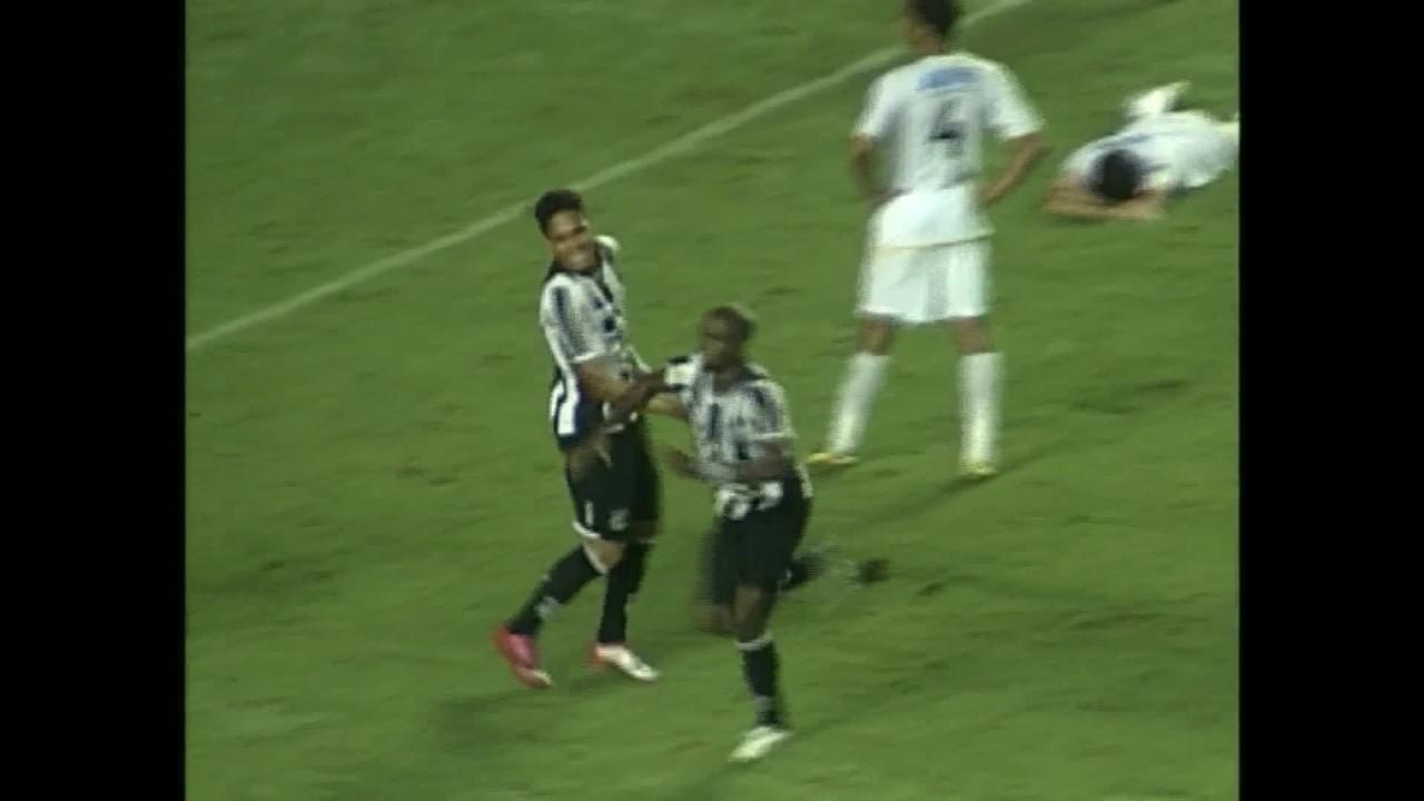 Gol do Ceará! Marcelo Nicácio vira o jogo aos 47' e elimina Brasiliense