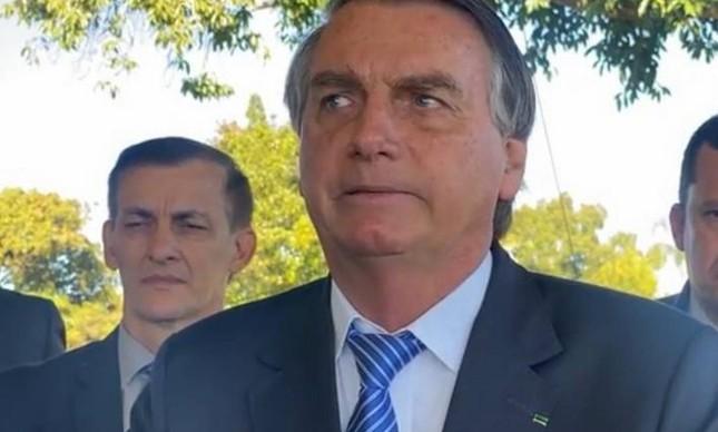 Bolsonaro fala para as únicas pessoas que ainda conseguem ouví-lo