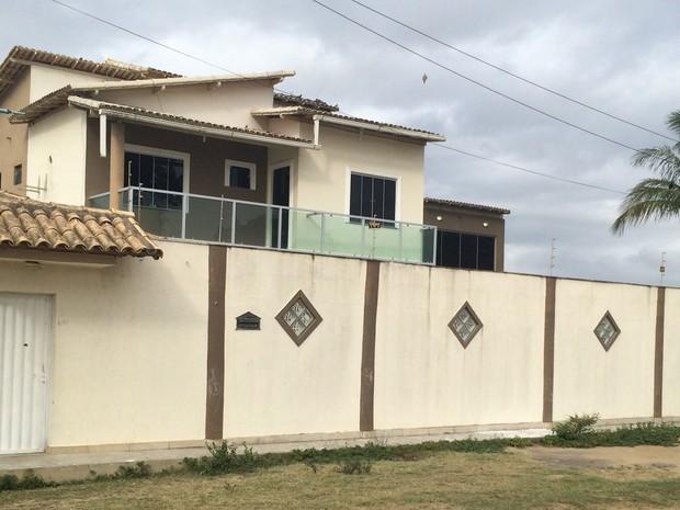 Vítima reunia amigos em casa no município de Teixeira de Freitas (Foto: Ronildo Brito / Teixeira de Freitas)
