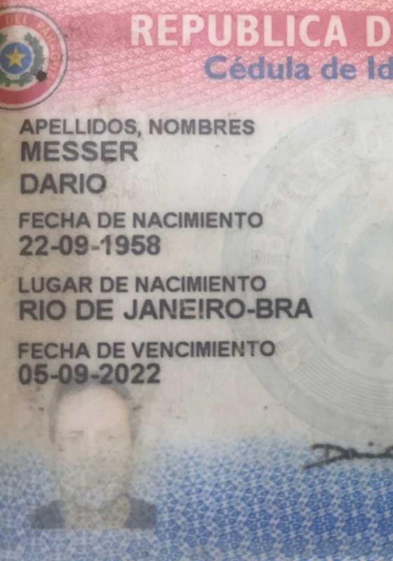 Cédula de identidade paraguaia do megadoleiro (Foto: Arquivo pessoal)
