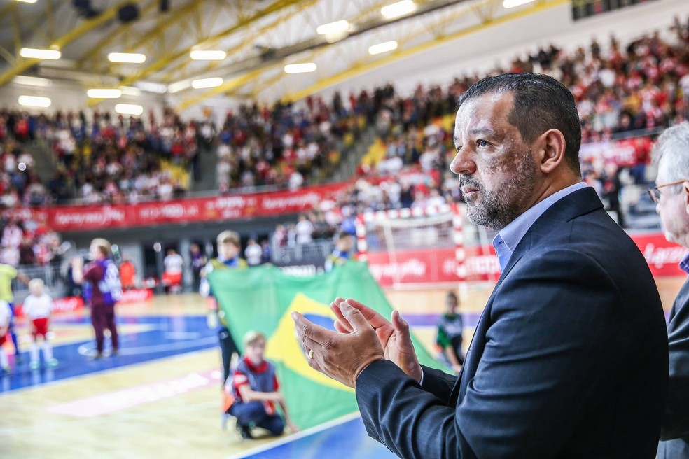 Marquinhos Xavier usará o torneio para observar a parte física dos jogadores — Foto: Divulgação/@pauladupapl