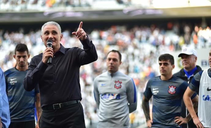 Tite discursa na Arena Corinthians (Foto: Marcos Ribolli)