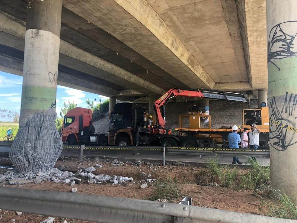 Dnit inicia trabalho de escoramento em viaduto com risco de desabamento após explosão em ataque criminoso, em Fortaleza. — Foto: Dnit/ Divulgação
