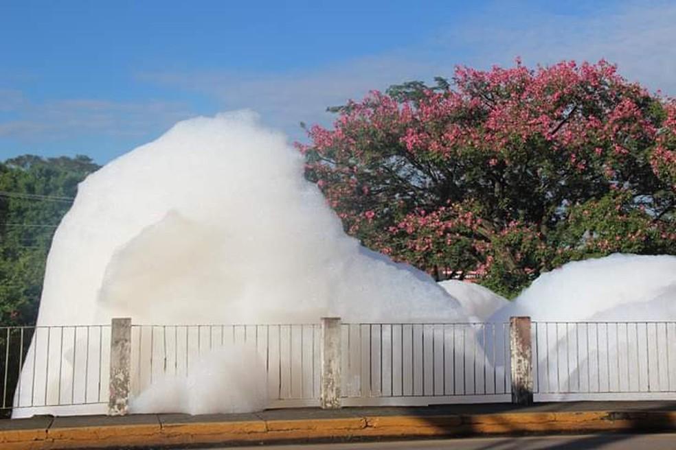Resultado de imagem para poluição dos saboes
