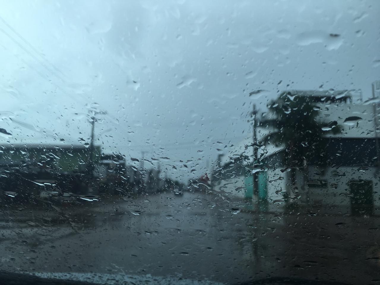 Inmet dispara alerta para perigo de chuvas intensas em RO; entenda