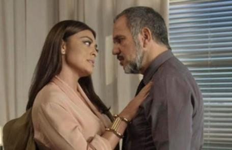 Na sexta-feira (31), Germano ameaça a carreira de Carolina TV Globo