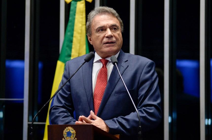 Alvaro Dias, senador do PODE (Podemos) pelo Paraná (Foto: Divulgação/Senado)
