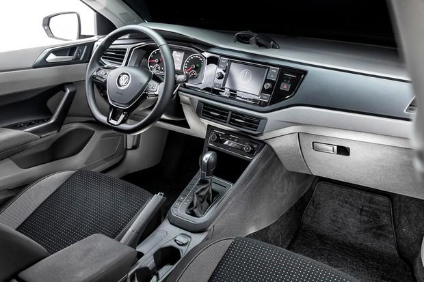 Novo Volkswagen Polo Comfortline 200 TSI flex  (Foto: Leo Sposito)