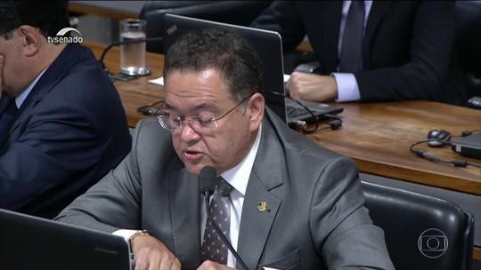 Relator da reforma tributária apresenta parecer que substitui nove impostos por dois