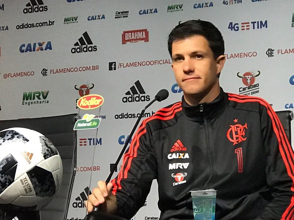 Barbieri espera poder contar com Guerrero, mas ainda não tem certeza sobre condição do jogador (Foto: Cahê Mota/GloboEsporte.com)