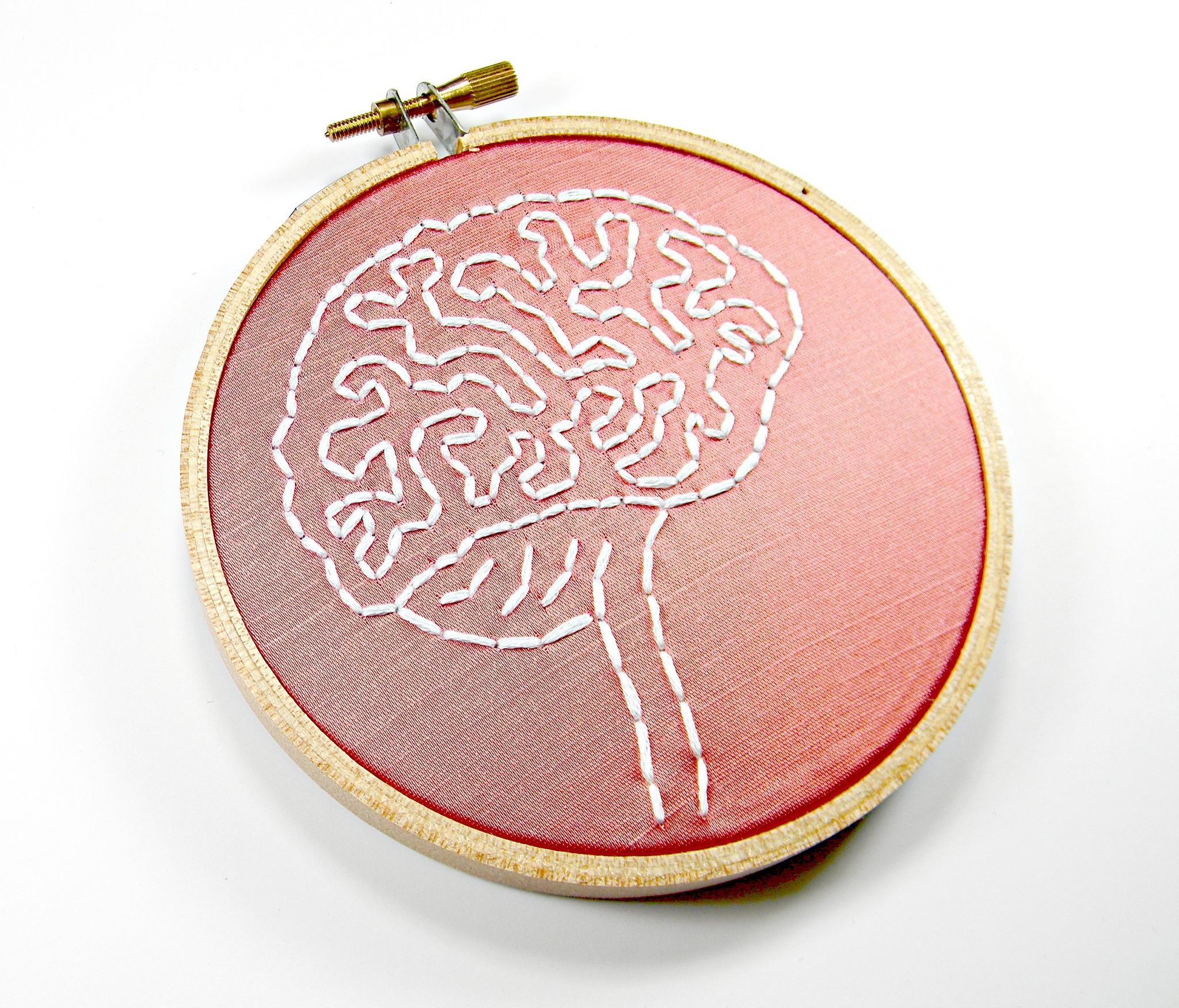 Nova terapia traz esperança para quem sofre com Alzheimer e depressão