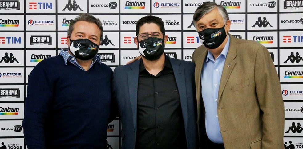 Jorge Braga, Lênin Franco e Durcesio Mello — Foto: Botafogo/Divulgação