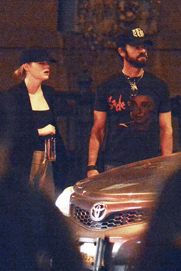 Justin Theroux e Emma Stone  (Foto: The Grosby Group)