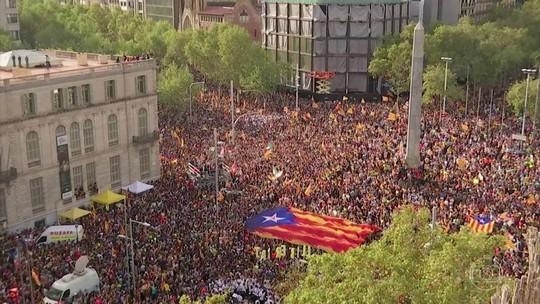 Em 5 dias de confrontos, 128 são presos em Barcelona