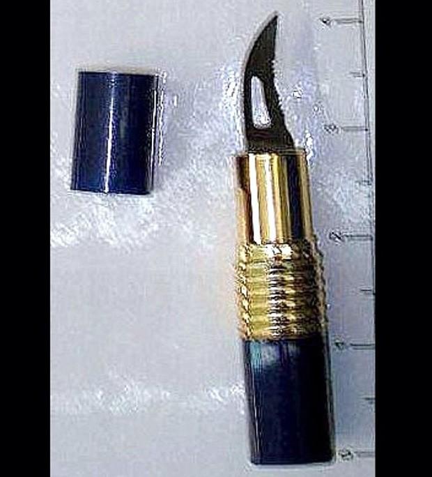 'Batom-faca' foi apreendido em San Antonio, no Texas (Foto: Reprodução/Instagram/TSA)