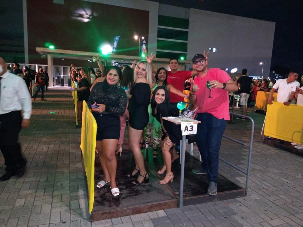 Evento teste na Arena da Amazônia, em Manaus, reuniu mais de 2 mil pessoas na noite desta sexta-feira (24). — Foto: Paulo Frazão/Rede Amazônica