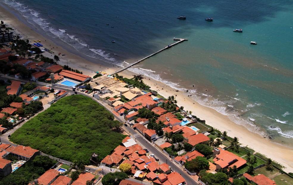 A Praia de Pirangi, onde o caso aconteceu, fica em Parnamirim, na Grande Natal. É lá onde está localizado o maior cajueiro do mundo. (Foto: Canindé Soares)