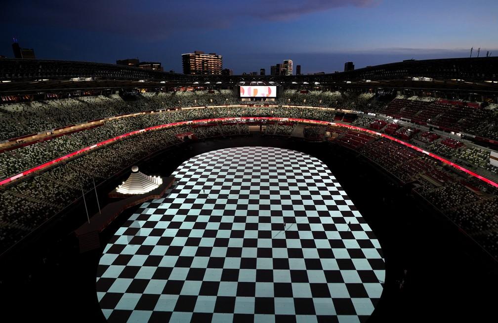 Vista geral do estádio durante a cerimônia de abertura dos Jogos Olímpicos de Tóquio, no Japão — Foto: Peter Jebautzke/Reuters