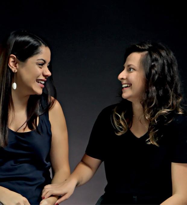 A amizade de Débora, 33, (à dir.) e de Thais, 30, começou em um grupo para pais e mães de bebês (Foto: -)