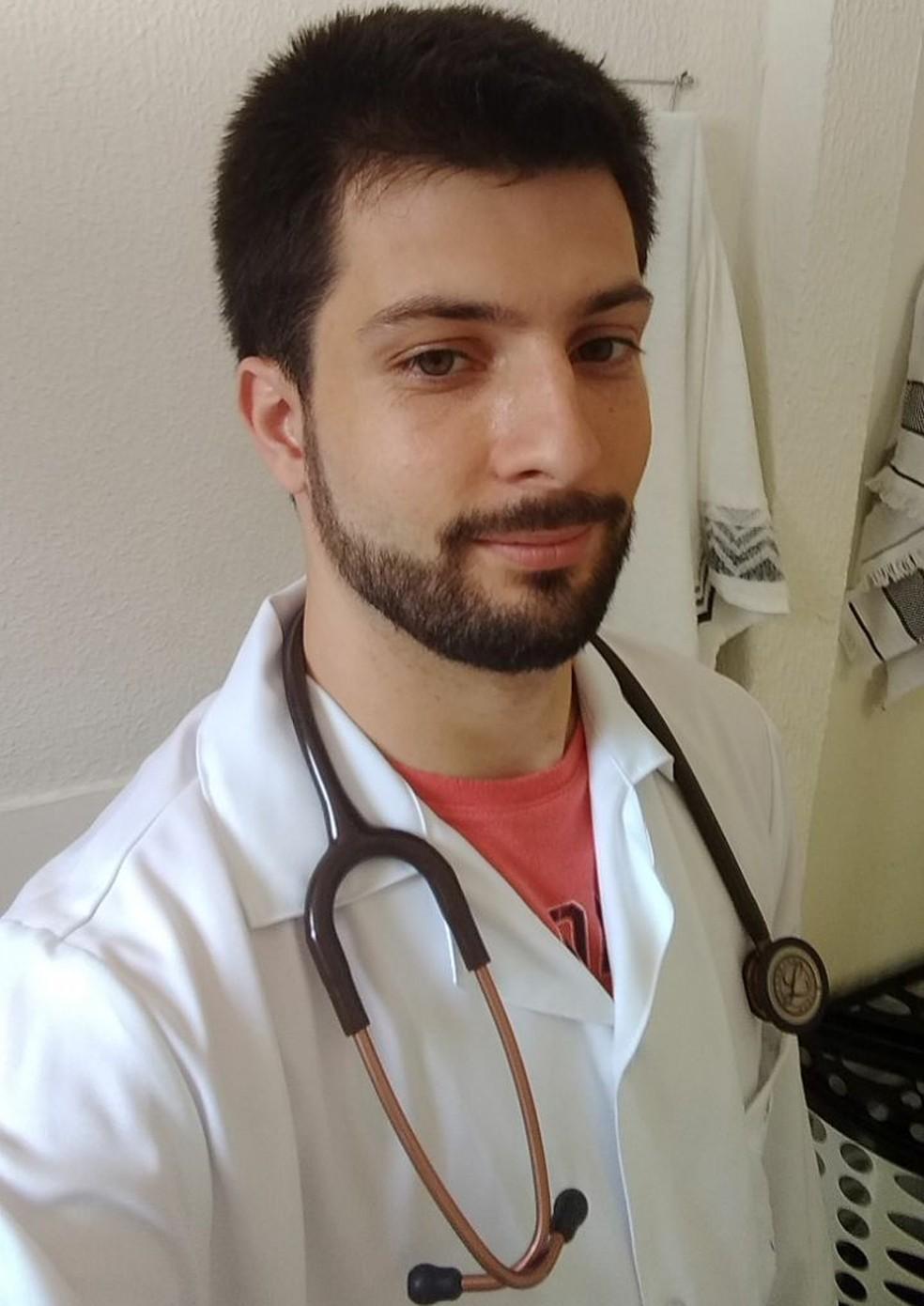 Fabrício está cursando o primeiro ano de medicina na Famema (Foto: Arquivo pessoal)