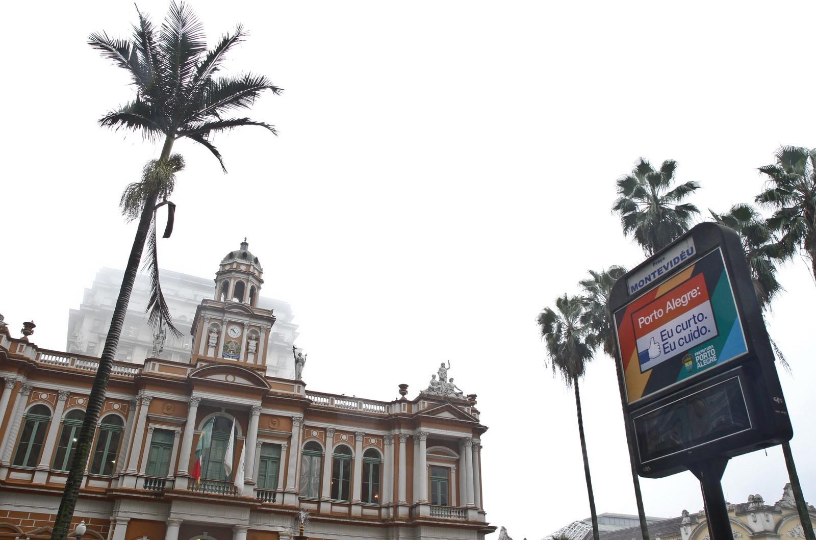 Lançado edital para concessão de 168 relógios de rua em Porto Alegre - Noticias
