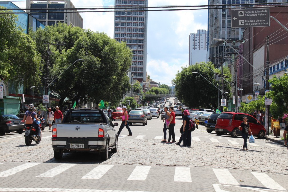 Avenida Eduardo Ribeiro, no Centro de Manaus (Foto: Patrick Marques/G1 AM)