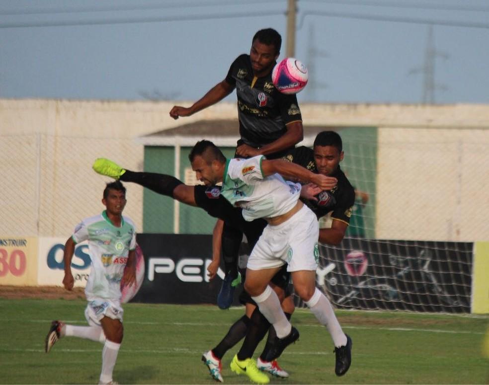 Assu e Santa Cruz de Natal se enfrentaram no estádio Edgarzão (Foto: Diego Simonetti/Santa Cruz de Natal)