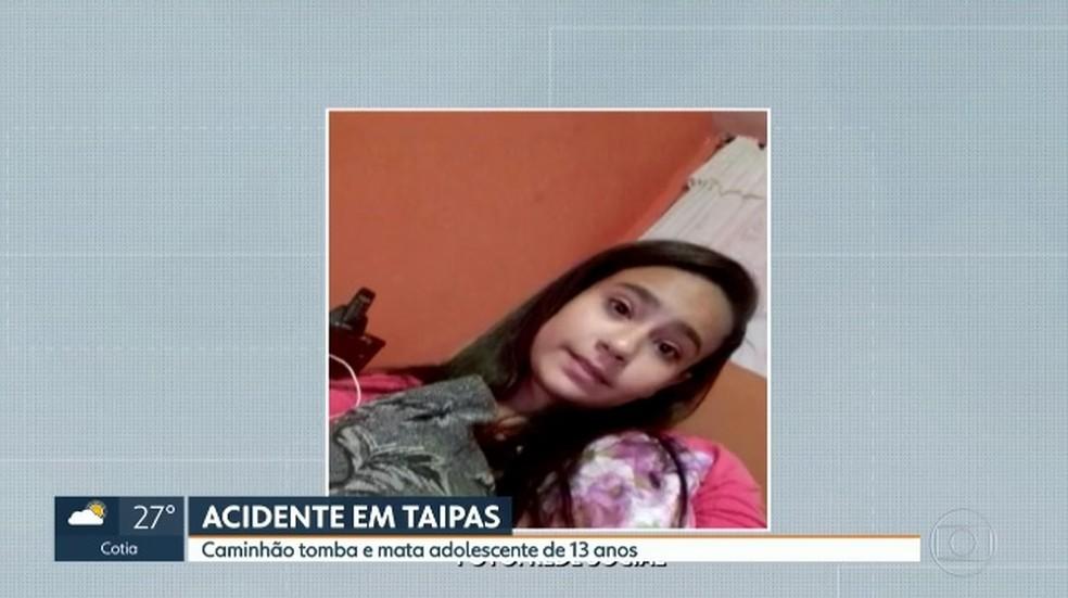 Júlia Maria, de 13 anos, morreu em frente à escola onde estudava (Foto: Reprodução/TVGlobo)