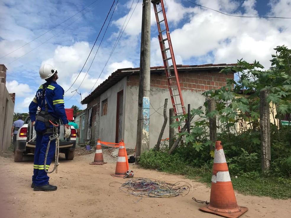 Cosern identificou e desativou 3.469 ligações clandestinas de energia elétrica em seis meses — Foto: Divulgação