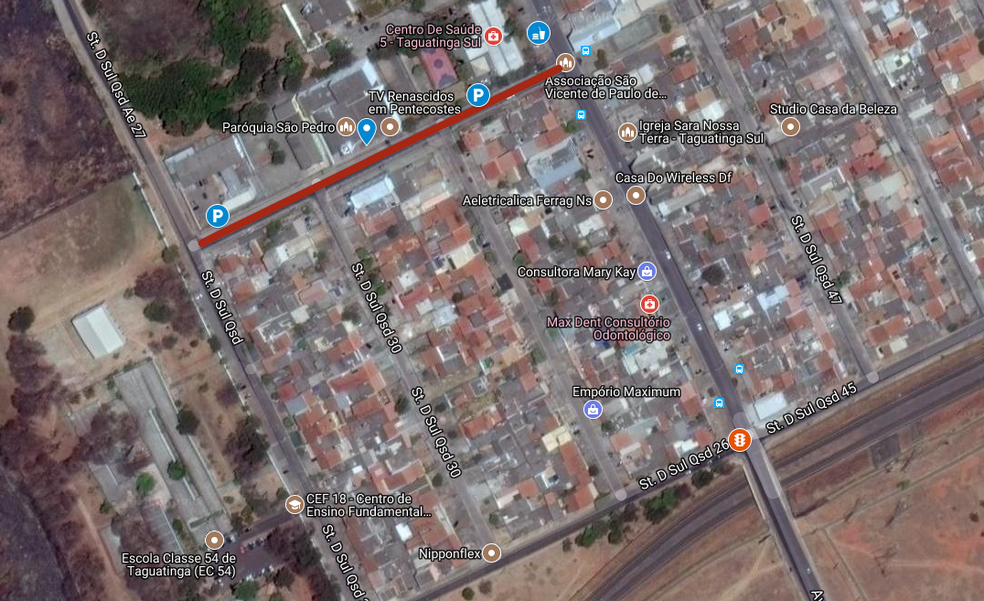 Trânsito perto da Paróquia São Pedro, na QSD 25, será interditada de domingo (13) a quinta (17) (Foto: Google Maps)