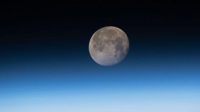 Os terremotos lunares continuam ocorrendo enquanto o nosso satélite natural encolhe e esfria, de acordo com a Nasa (Foto: Nasa)