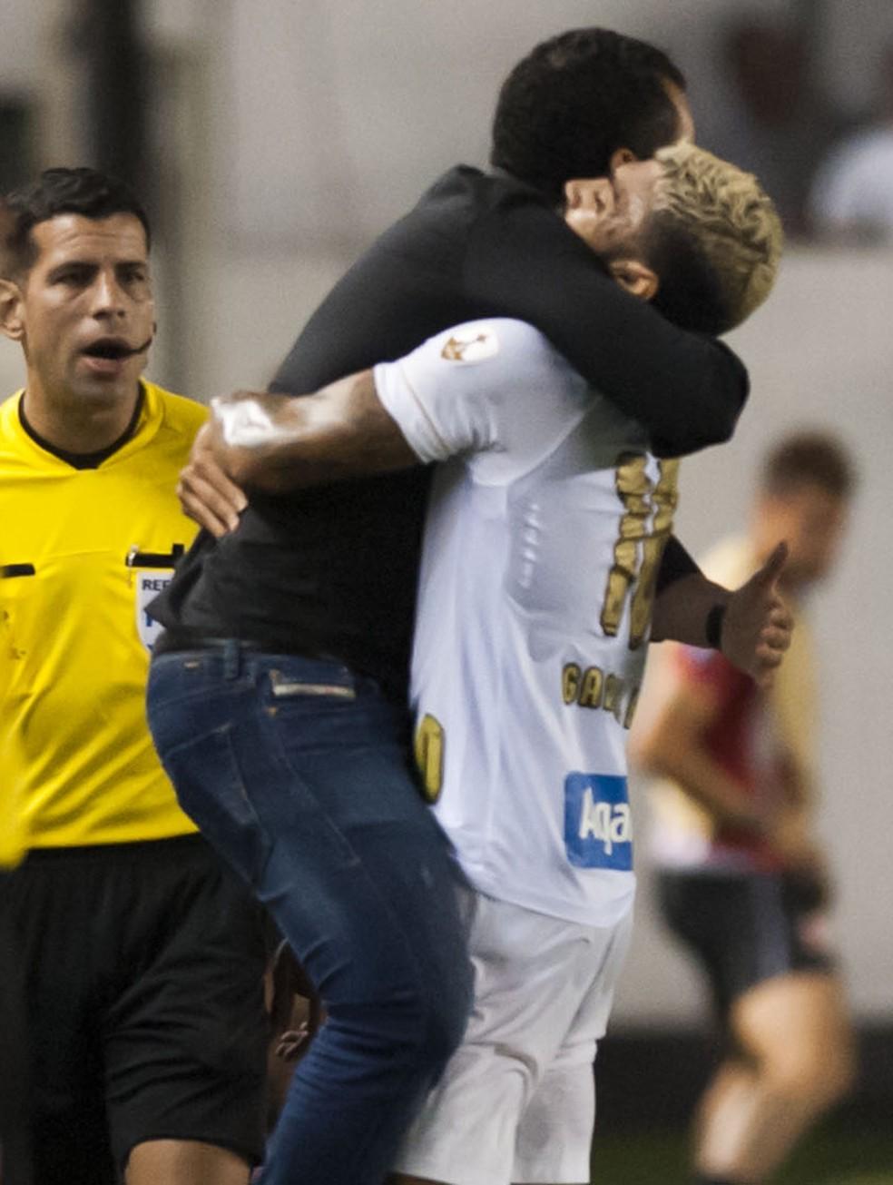 Jair usou Gabriel como 9, mas diz que ele faz bem qualquer função no ataque â?? Foto: Ivan Storti/Santos FC