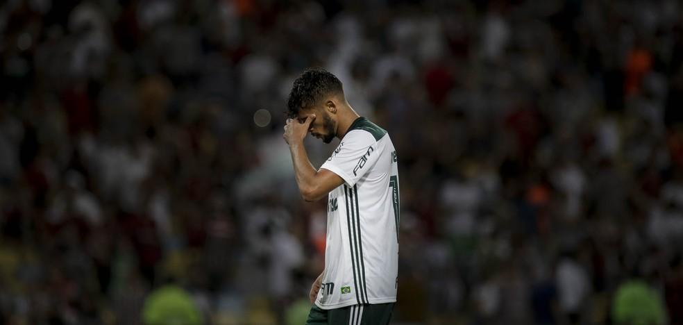 Gustavo Scarpa enfrentou o Flu recentemente no Maracanã (Foto: THIAGO RIBEIRO/AGIF/ESTADÃO CONTEÚDO)