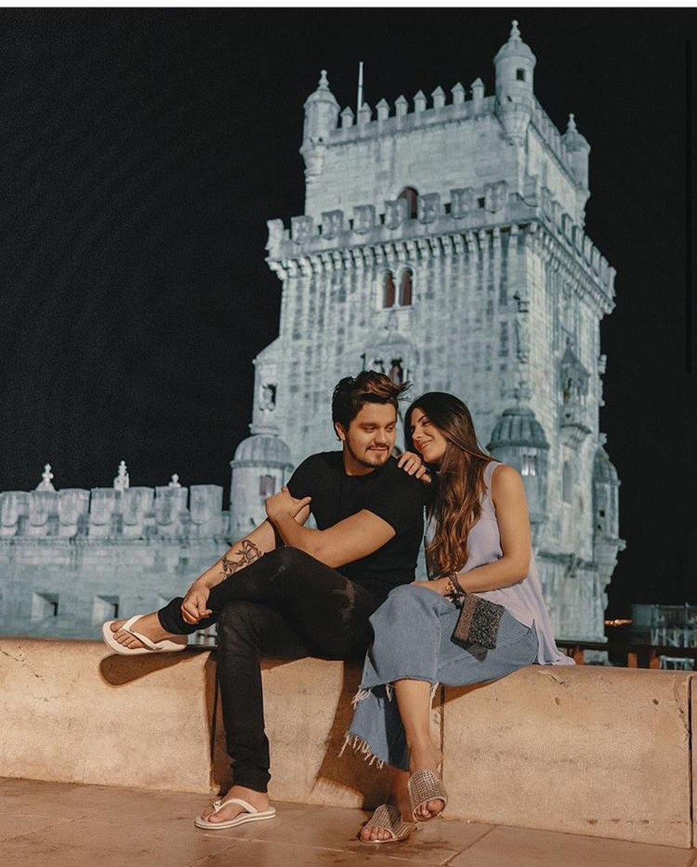 Luan Santana e Jade Magalhães  — Foto: Reprodução/Instagram