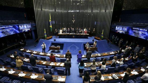 Ampla bancada de parlamentares do PSL no Congresso e eleição de governadores do partido devem favorecer Bolsonaro (Foto: Marcelo Camargo/Agência Brasil)
