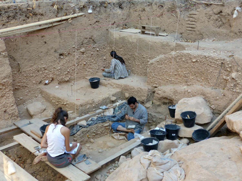 Escavações no sítio arqueológico do Vale da Pedra Furada, no Piauí  (Foto: Mario Pino)
