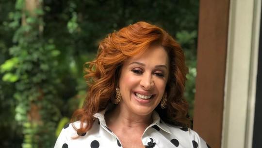 Claudia Raia recebe homenagem da família no 'Mais Você'