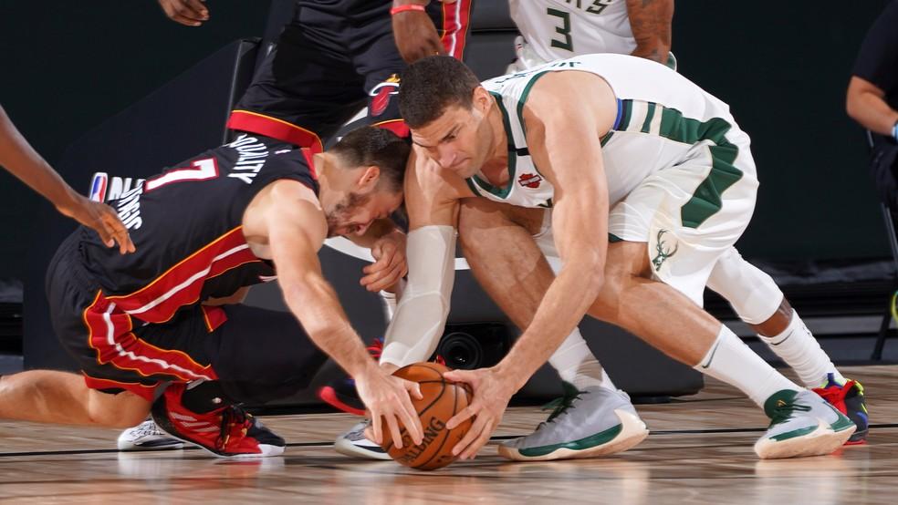 Milwaukee Bucks precisa lutar para evitar o 3 a 0 — Foto: Divulgação/NBA