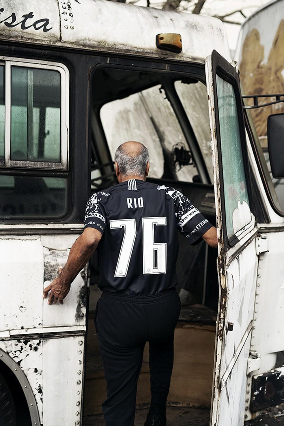 Tobias- fotos do lançamentoda nova terceira camisa do Corinthians — Foto: Divulgação