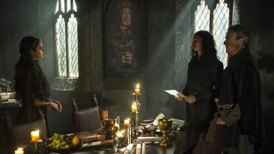 Catarina fica furiosa ao descobrir acordo entre Rodolfo e Otávio