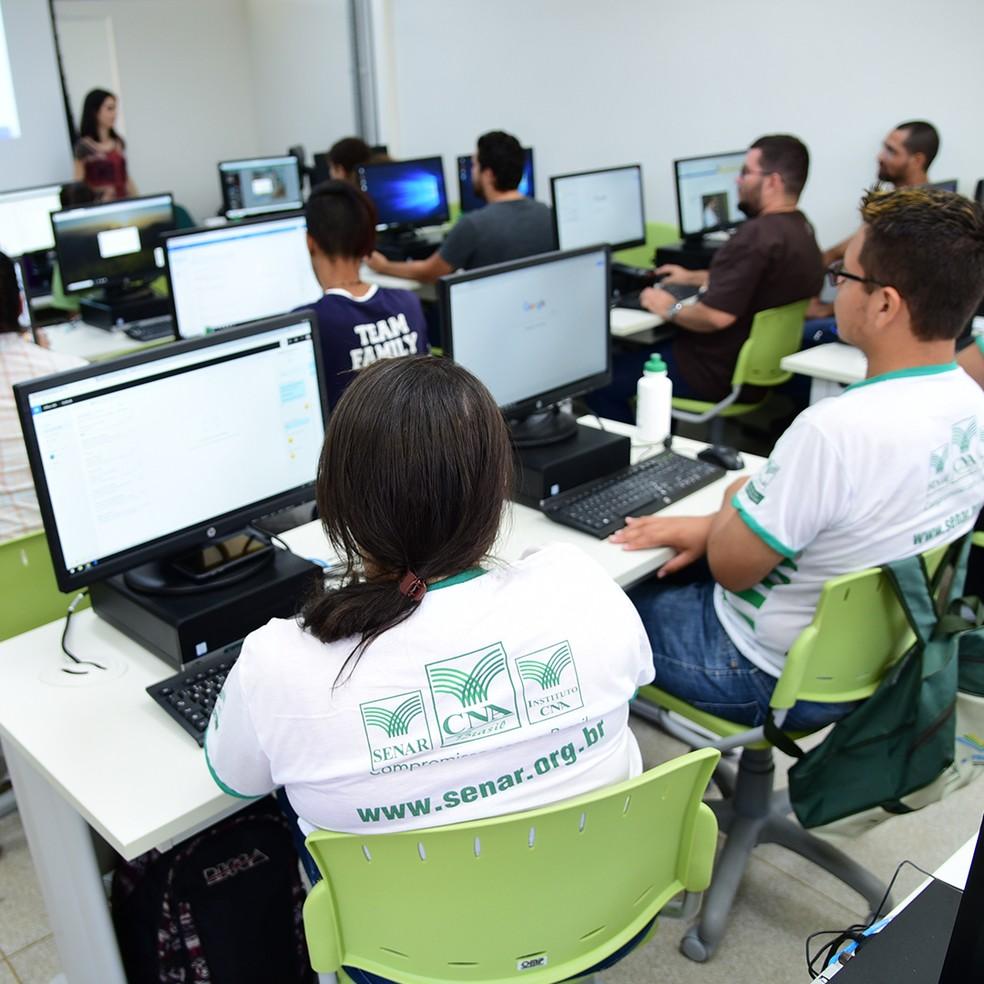 Alunos em Centro de Excelência SENAR MS - Campo Grande MS  — Foto: Foto João Carlos Castro