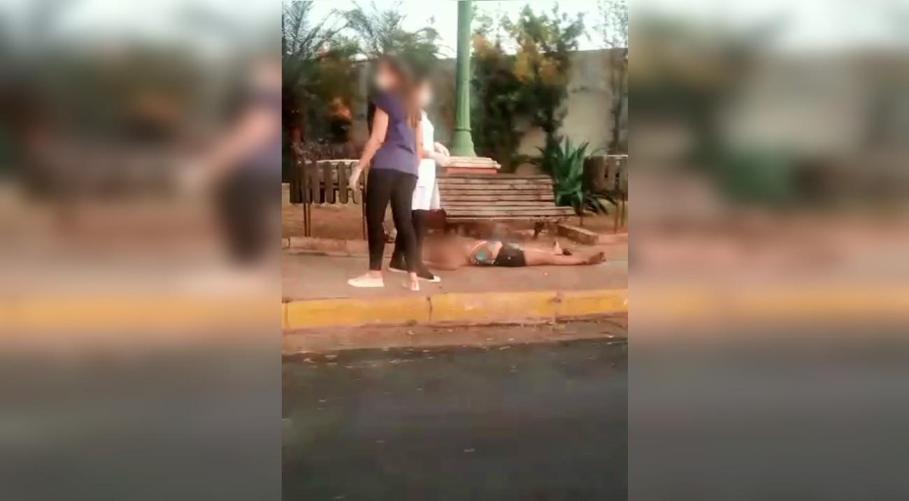 Mulher grávida é agredida pelo companheiro e fica desacordada em praça de Tupã