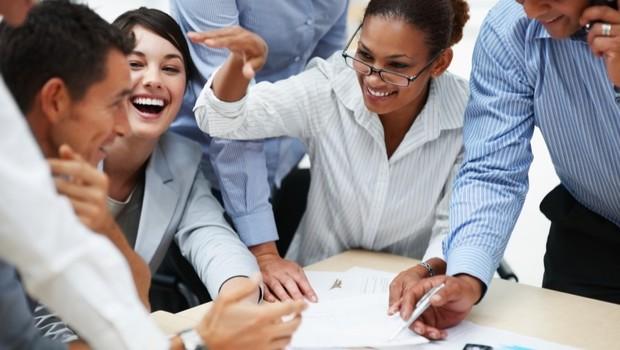 Carreira ; trabalho em equipe ; trabalho em grupo ; engajamento ; motivação ; manter o pirque ;  (Foto: Thinkstock)