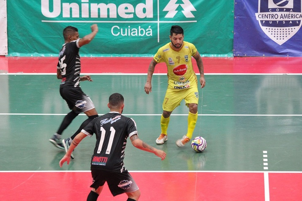 Grupo Santos/PFOS venceu por 6 a 2 o ASF Sorriso — Foto: Assessoria FMFS