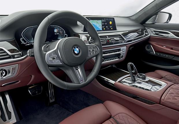 O design interior do 745Le traz elegância e alta qualidade (Foto: Divulgação)