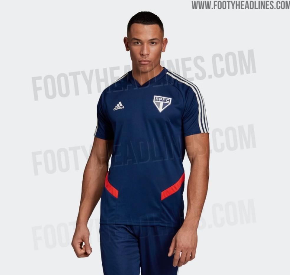b76c09f9df ... Possível nova camisa de treino do São Paulo — Foto: Reprodução /  footyheadlines.com
