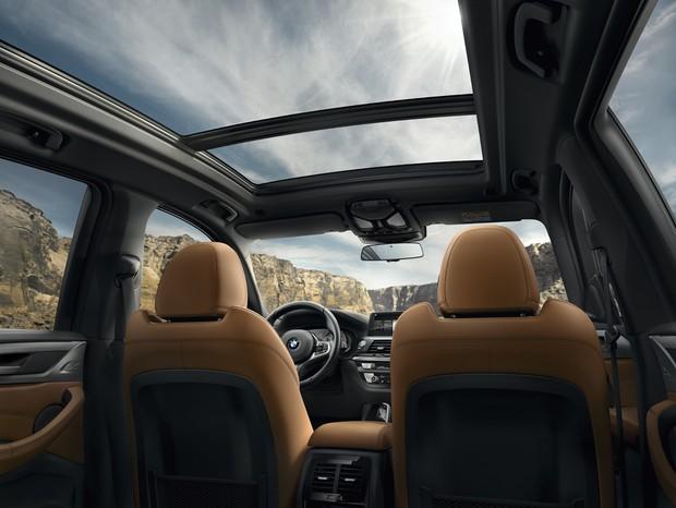 Espaço interno é um dos destaques do novo modelo, que traz conectividade para todos os ocupantes  (Foto: Divulgação)