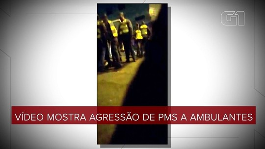 Vídeo mostra PMs agredindo e xingando ambulantes em SP