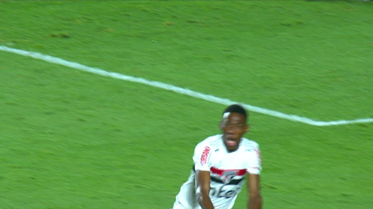 Volpi voltaria a brilhar em uma decisão. Diante do Fortaleza, nas oitavas de final da Copa do Brasil, ele defendeu um dos dez pênaltis cobrados pelo adversário