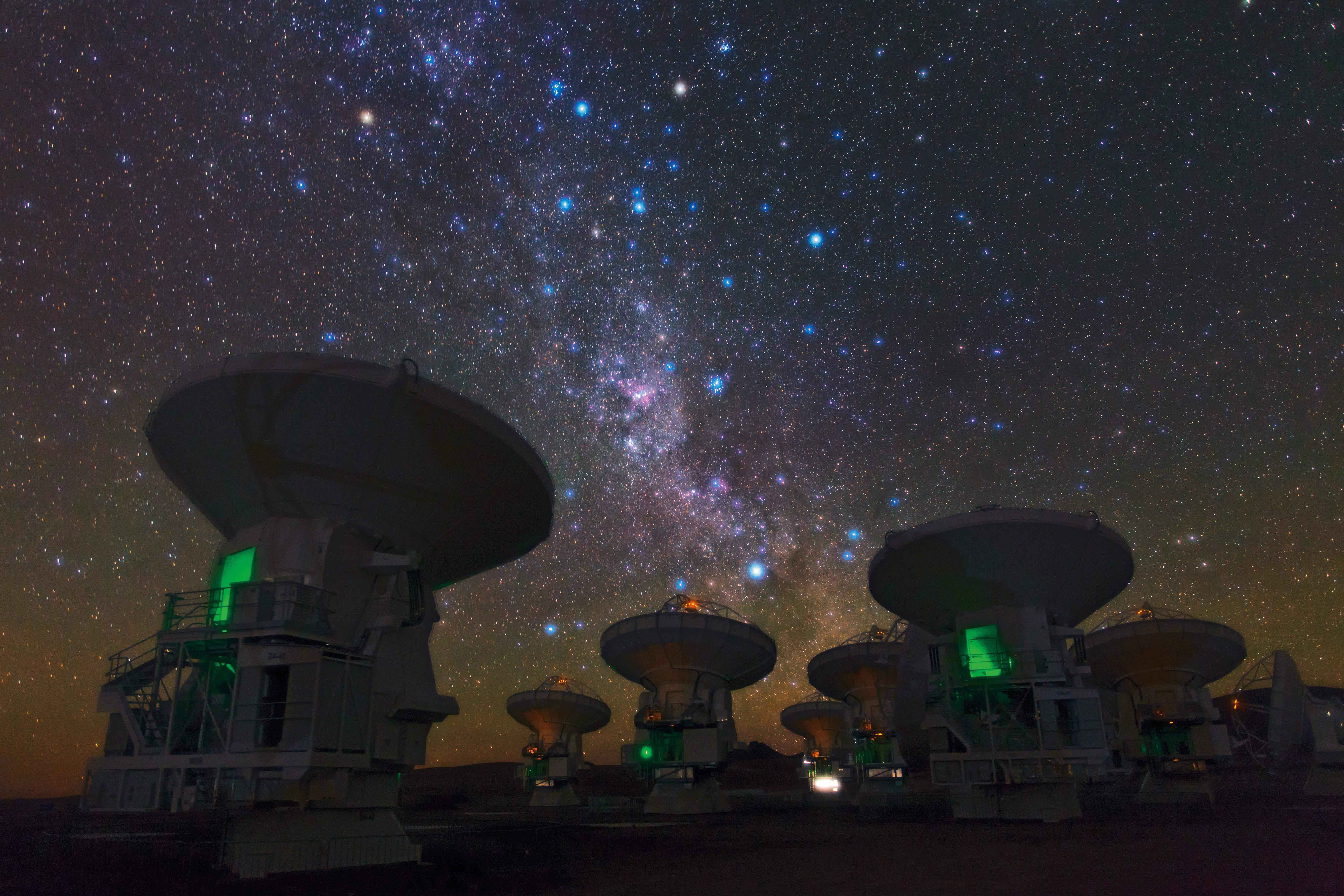 Radiotelescópios do ALMA captam sinais do universo: aderindo ao ESO, Brasil passa a ser coproprietário da estrutura de última geração (Foto: ESO/B. Tafreshi)